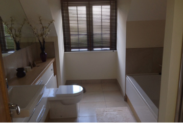 Bathroom refits Horsham & Worthing
